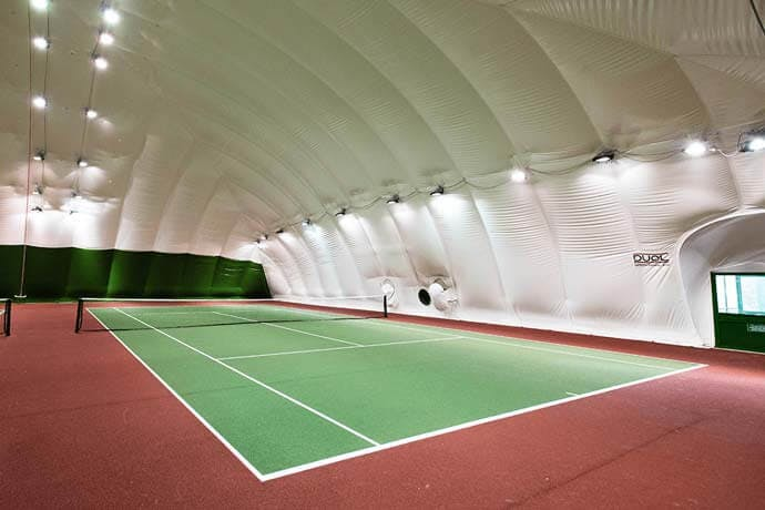 Over 90 tennis courts for hire