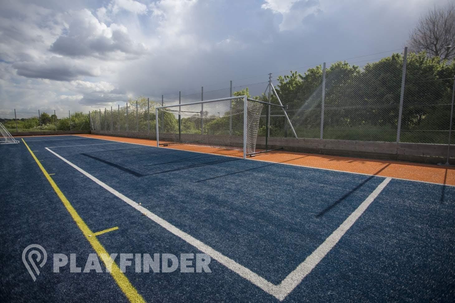 Powerleague Finchley 11 a side   3G Astroturf football pitch