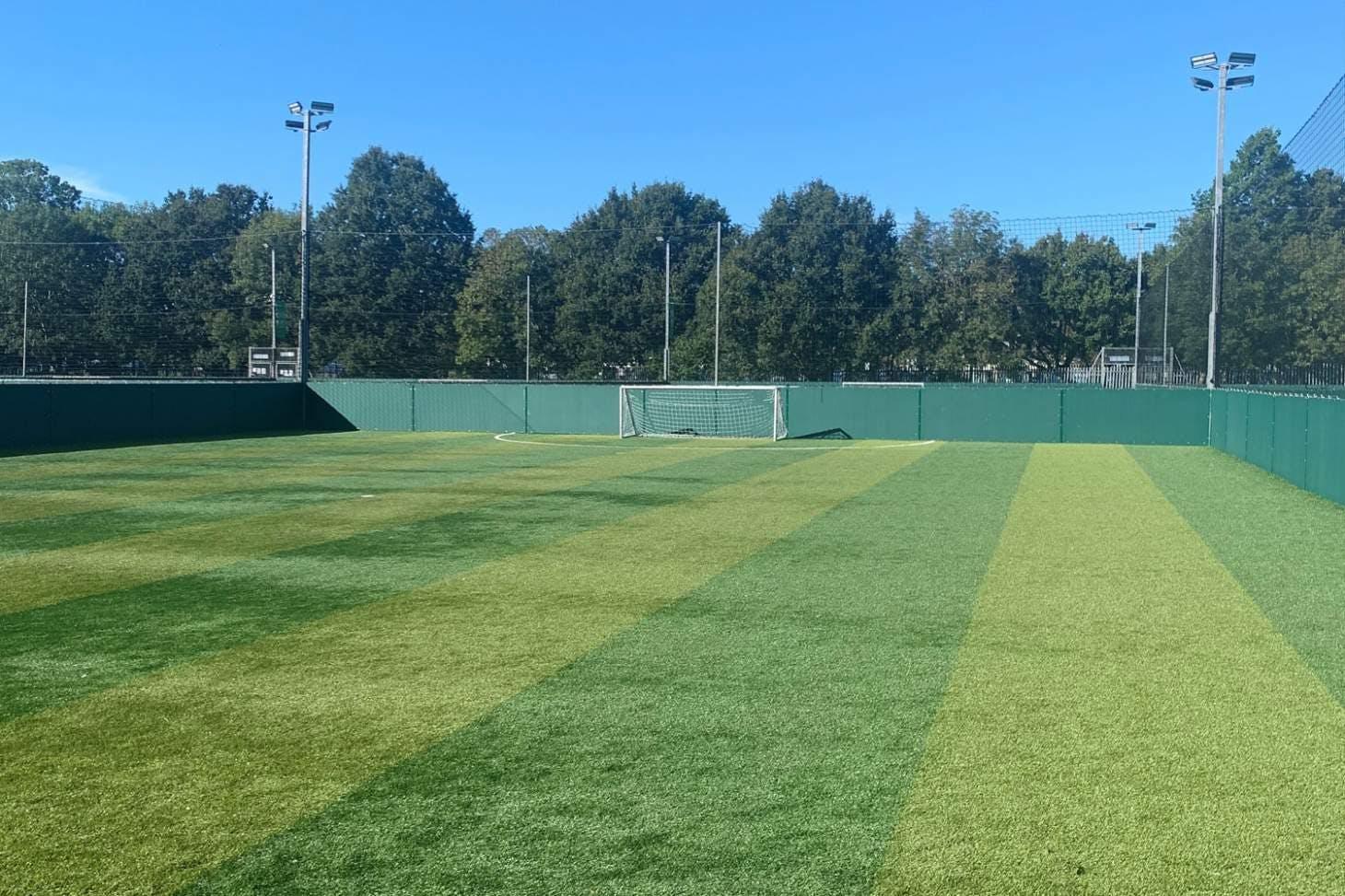 Powerleague Mill Hill 5 a side   3G Astroturf football pitch