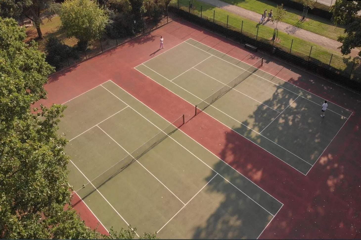 Edgwarebury Park Outdoor | Hard (macadam) tennis court
