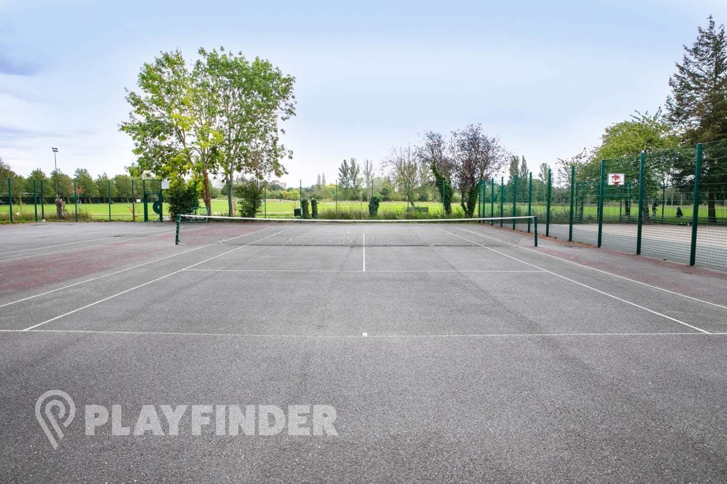 Perivale Park Outdoor   Hard (macadam) tennis court