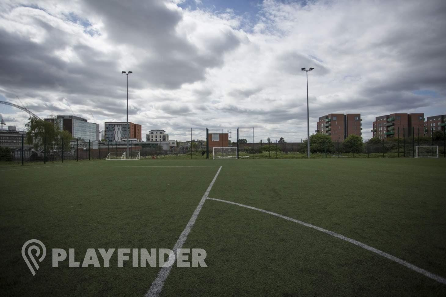 Ark Academy Wembley 11 a side | 3G Astroturf football pitch