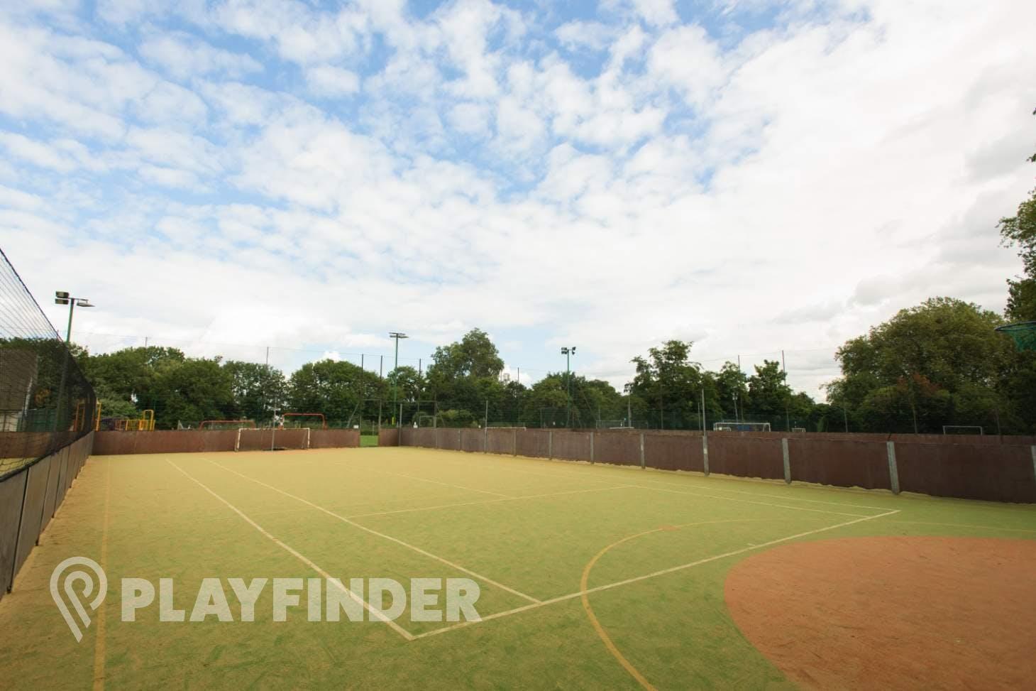 Rocks Lane Barnes Outdoor | Astroturf netball court