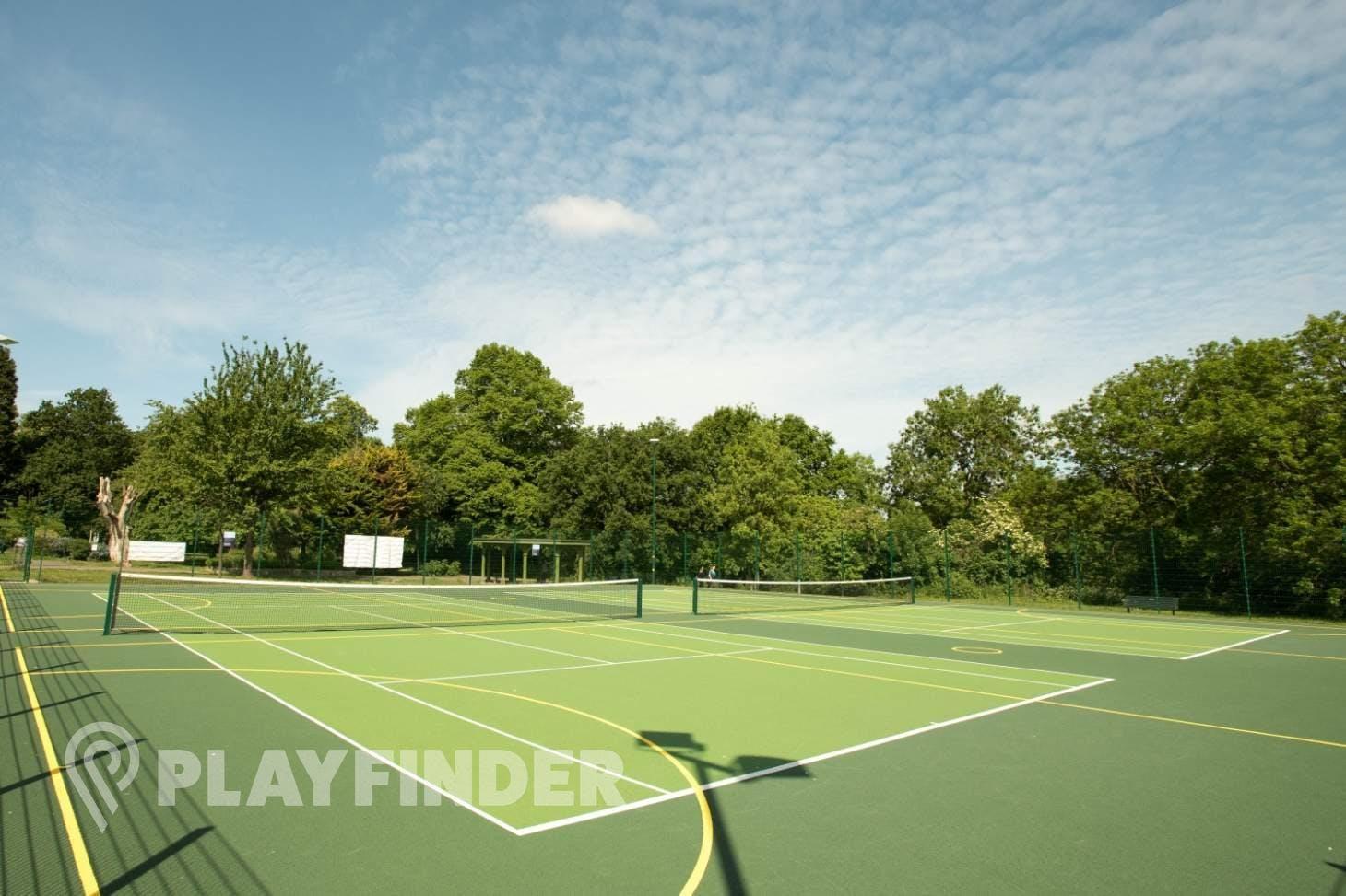 Will to Win Pitshanger Park Outdoor   Hard (macadam) netball court