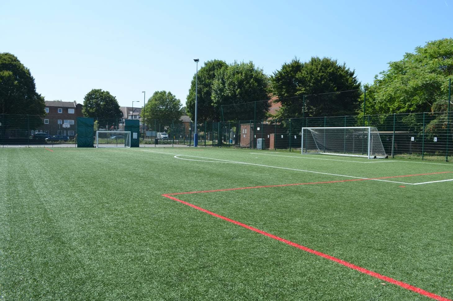 Harris Academy Bermondsey 5 a side   3G Astroturf football pitch