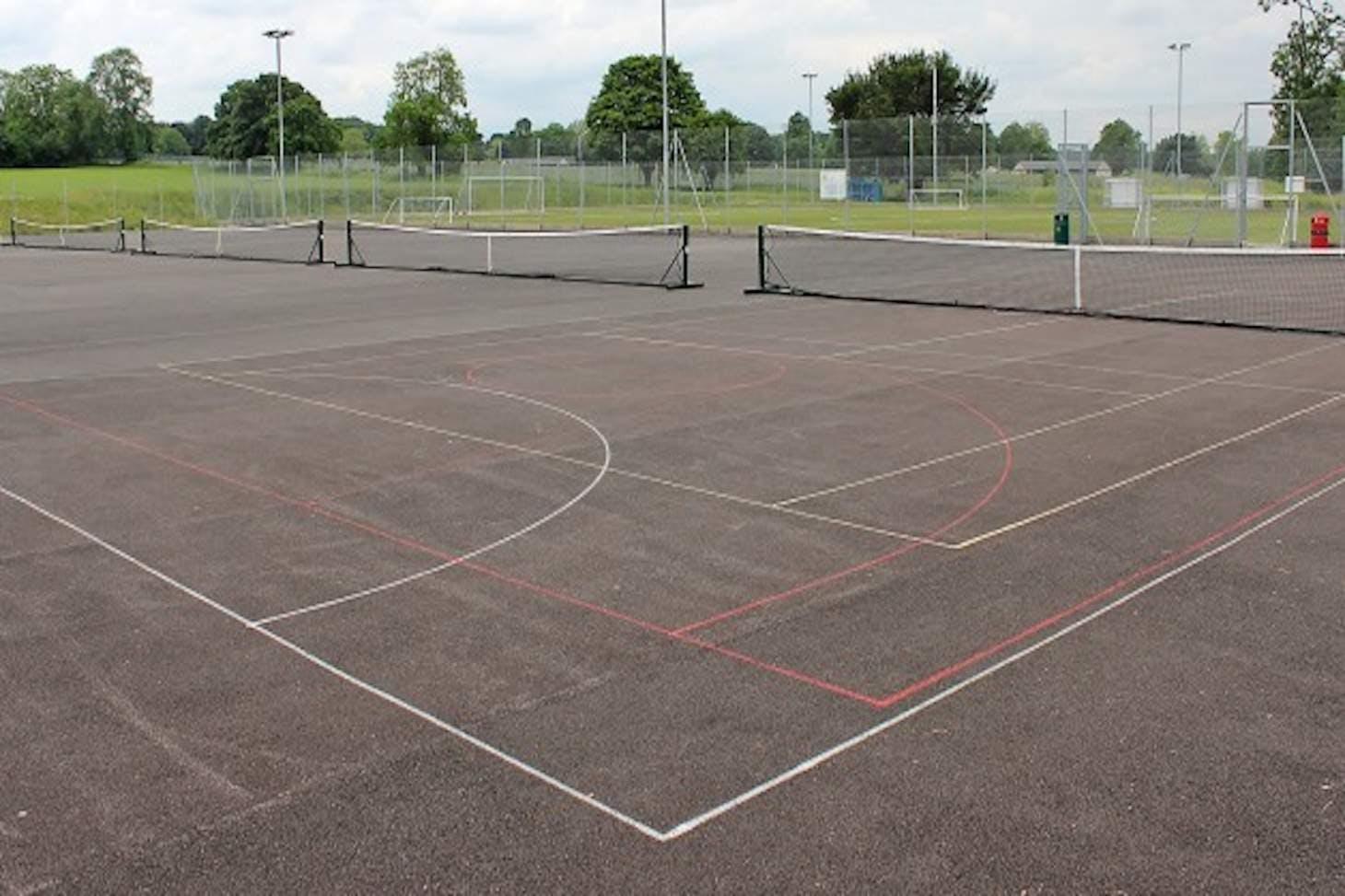 Harris Academy Purley Outdoor   Concrete tennis court