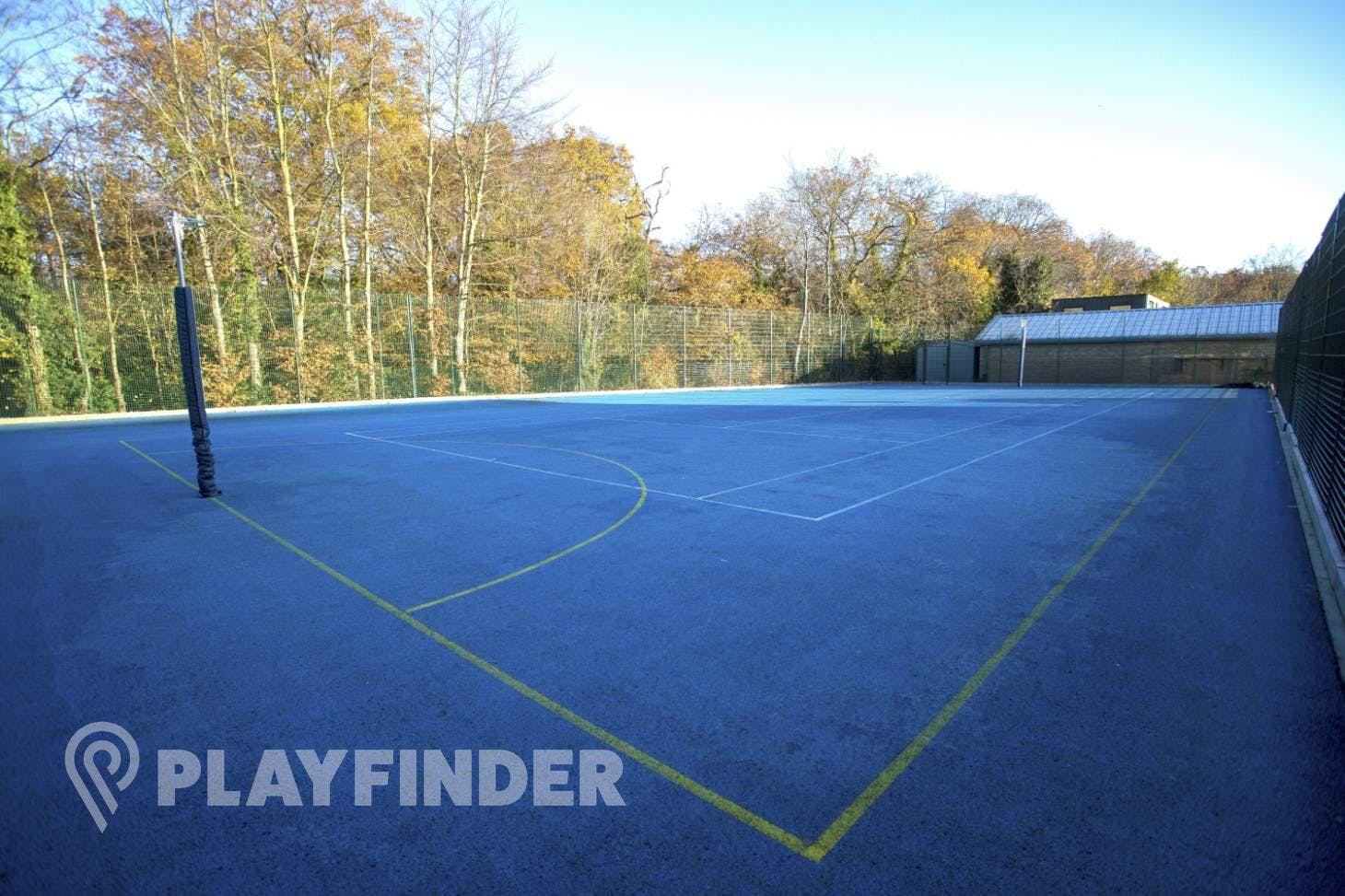 Sylvestrian Leisure Centre Outdoor   Hard (macadam) netball court