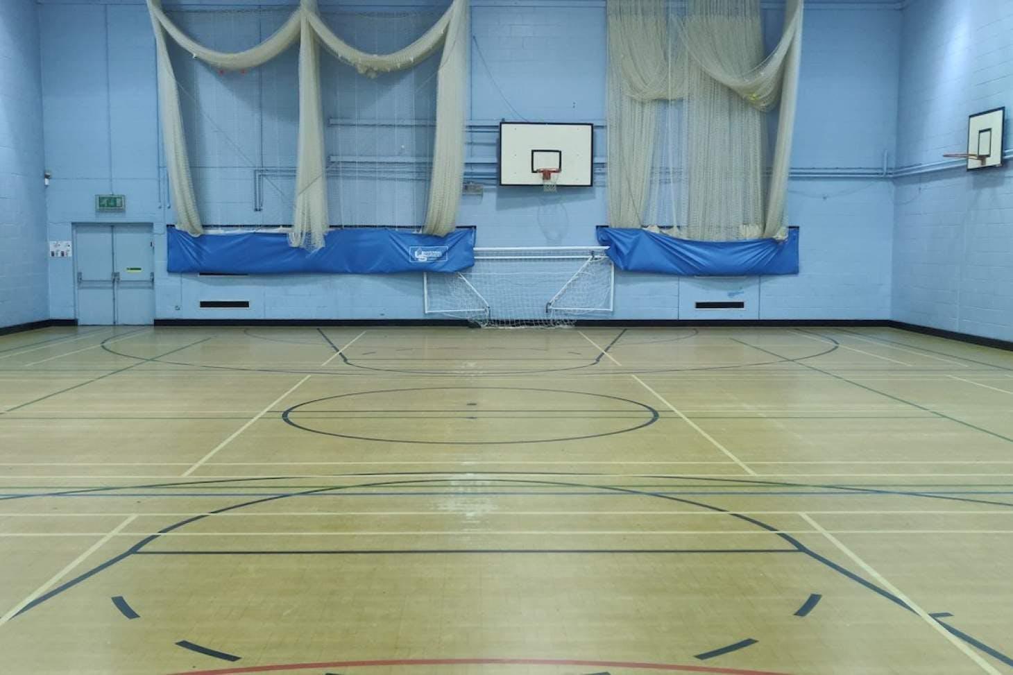 Darrick Wood School Indoor | Hard badminton court