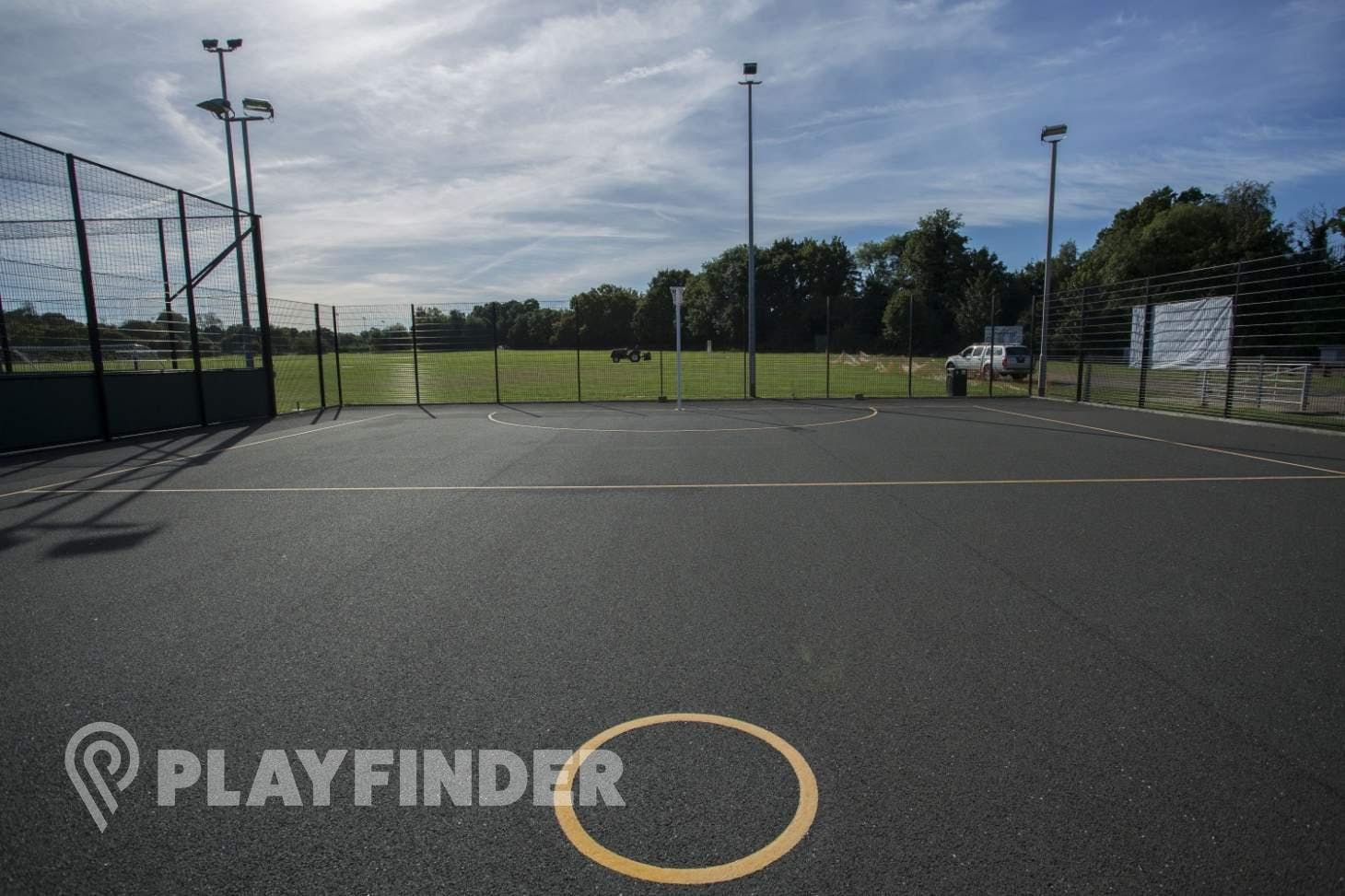 Club Langley Outdoor | Hard (macadam) netball court
