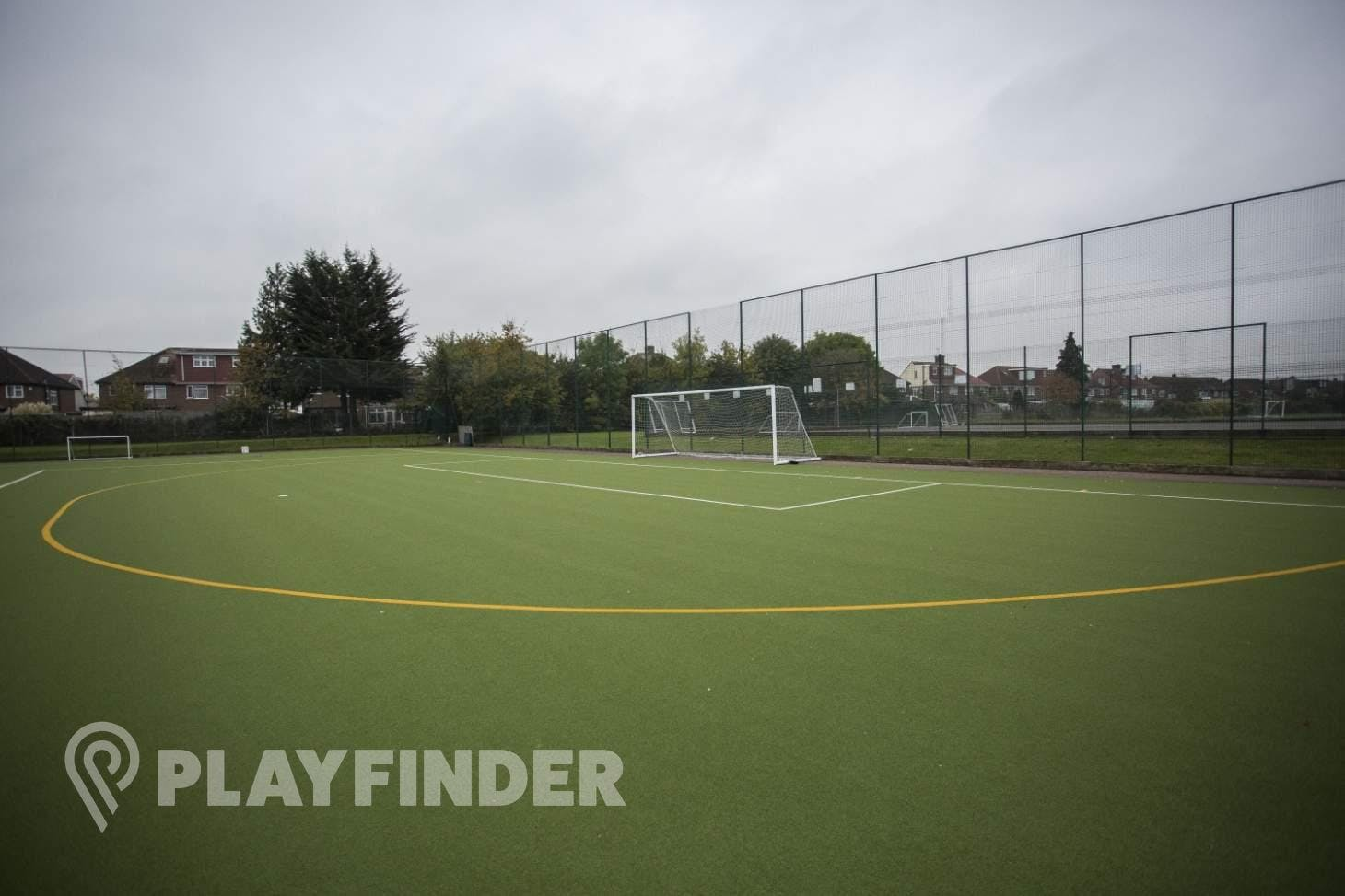 Barnhill Community School Outdoor | Astroturf hockey pitch