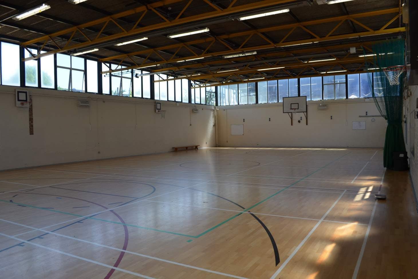Harris Academy Bermondsey Indoor   Hard badminton court