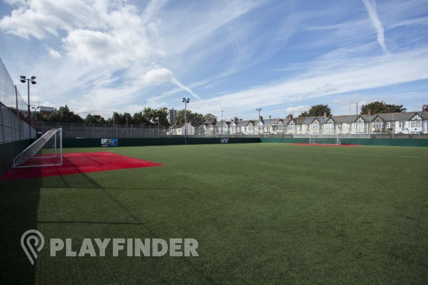 Powerleague Tottenham 7 a side   3G Astroturf football pitch