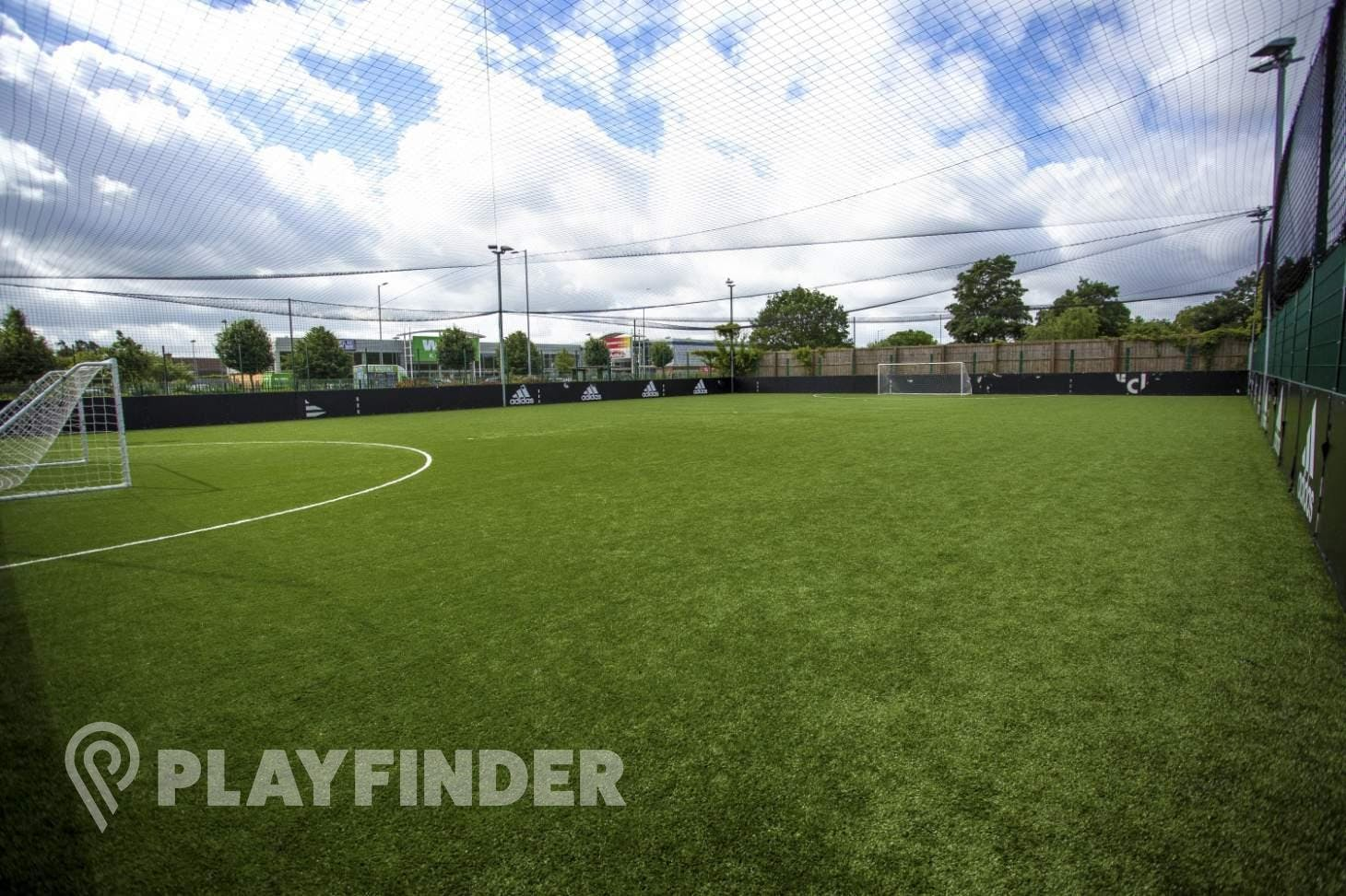 PlayFootball Romford 7 a side | 3G Astroturf football pitch