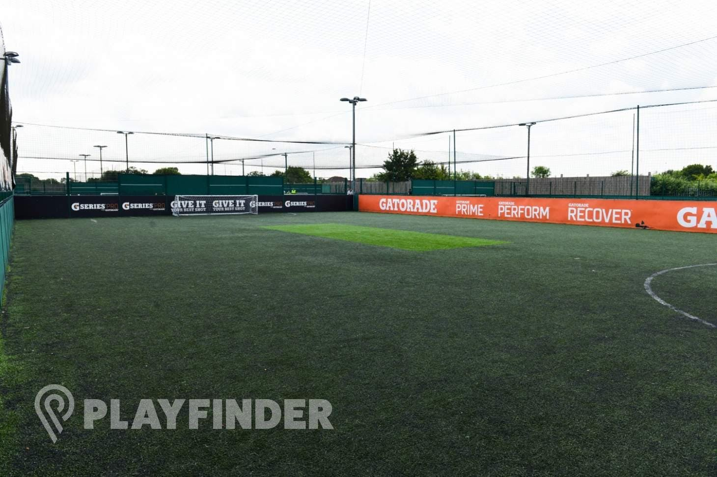 PlayFootball Luton 7 a side | 3G Astroturf football pitch