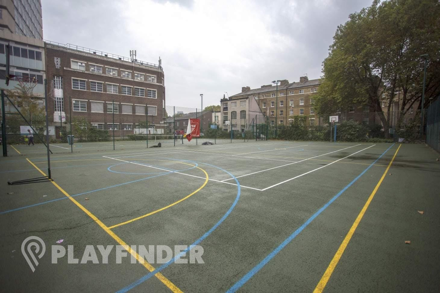 Colombo Centre Outdoor | Hard (macadam) basketball court