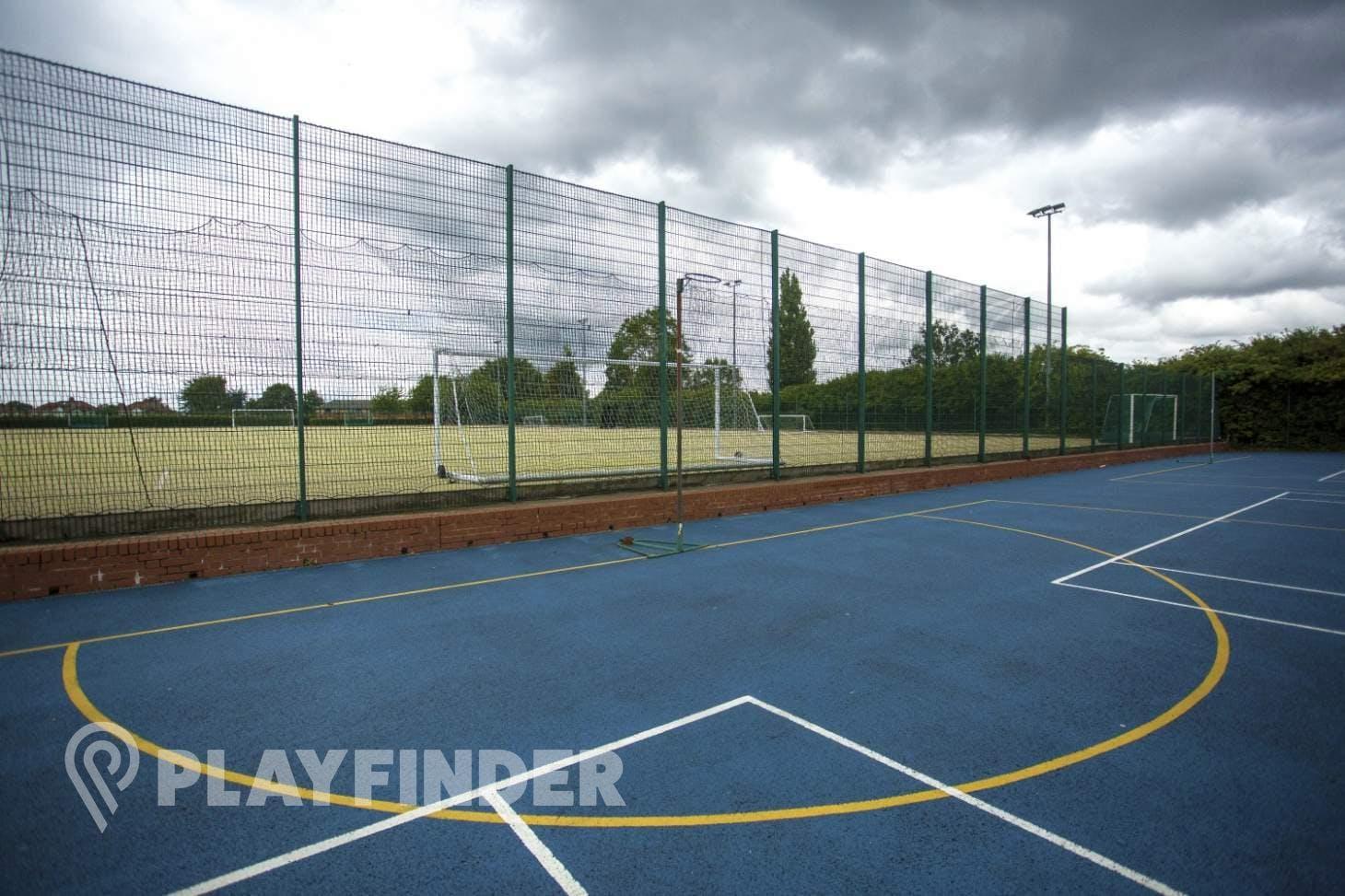Herschel Sports Outdoor | Hard (macadam) netball court