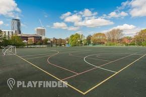 Oasis Academy MediaCityUK | Hard (macadam) Basketball Court
