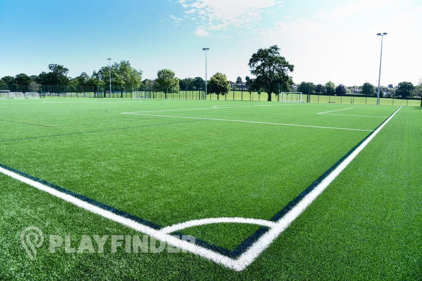Barnet Lane 3G Pitch 11 a side | 3G Astroturf football pitch