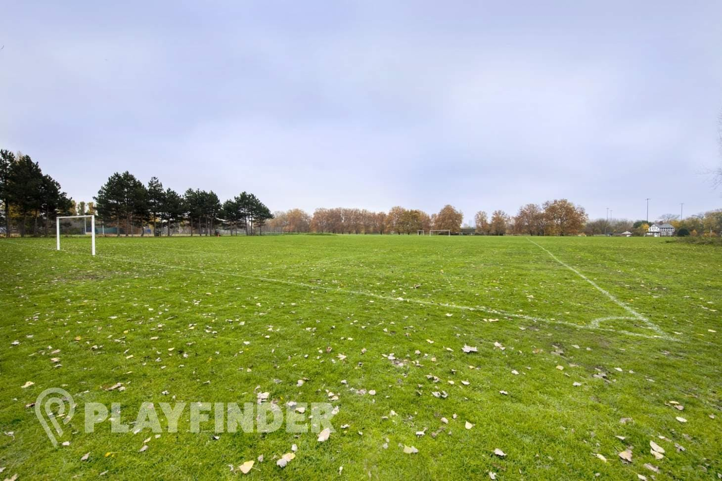 Leyton Jubilee Park 9 a side   Grass football pitch