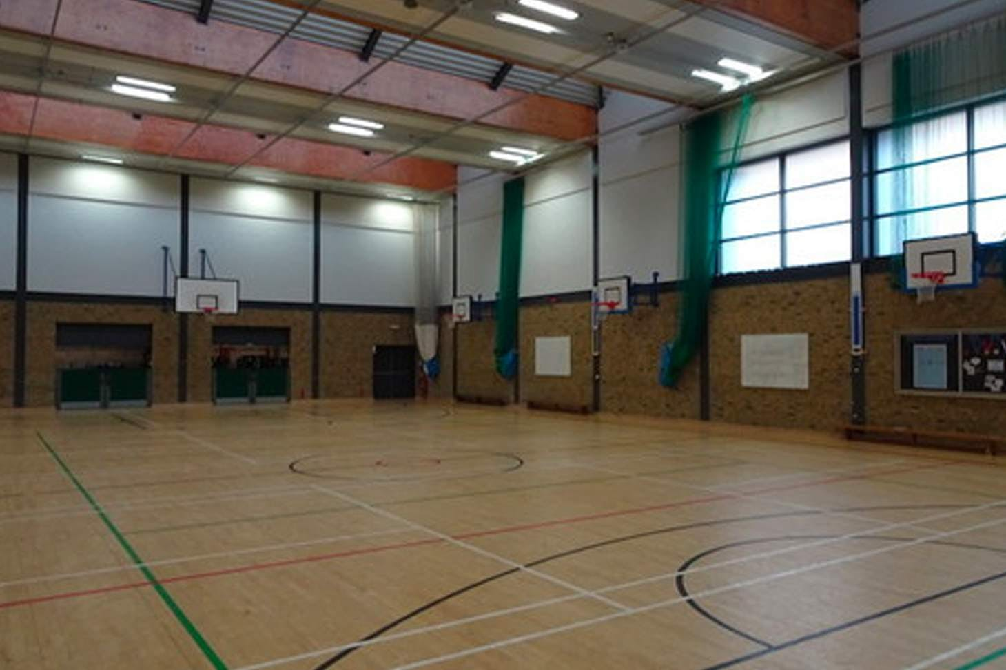 Whitechapel Indoor Pitch Court | Sports hall netball court