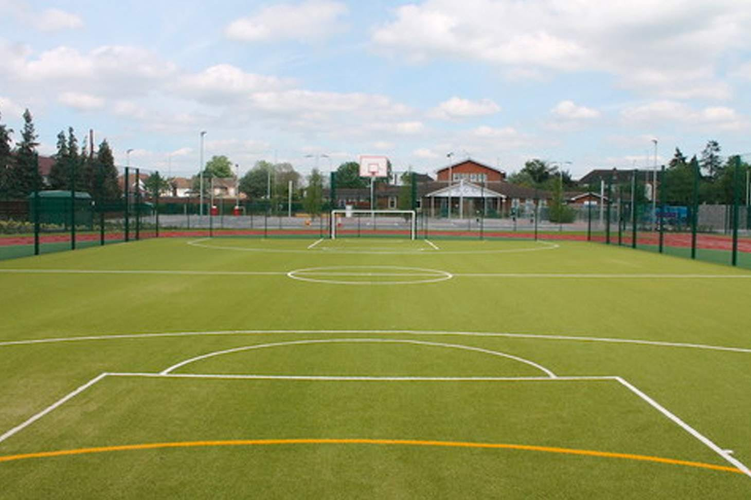 Oaklands School Training pitch | Sand-based Astroturf rugby pitch
