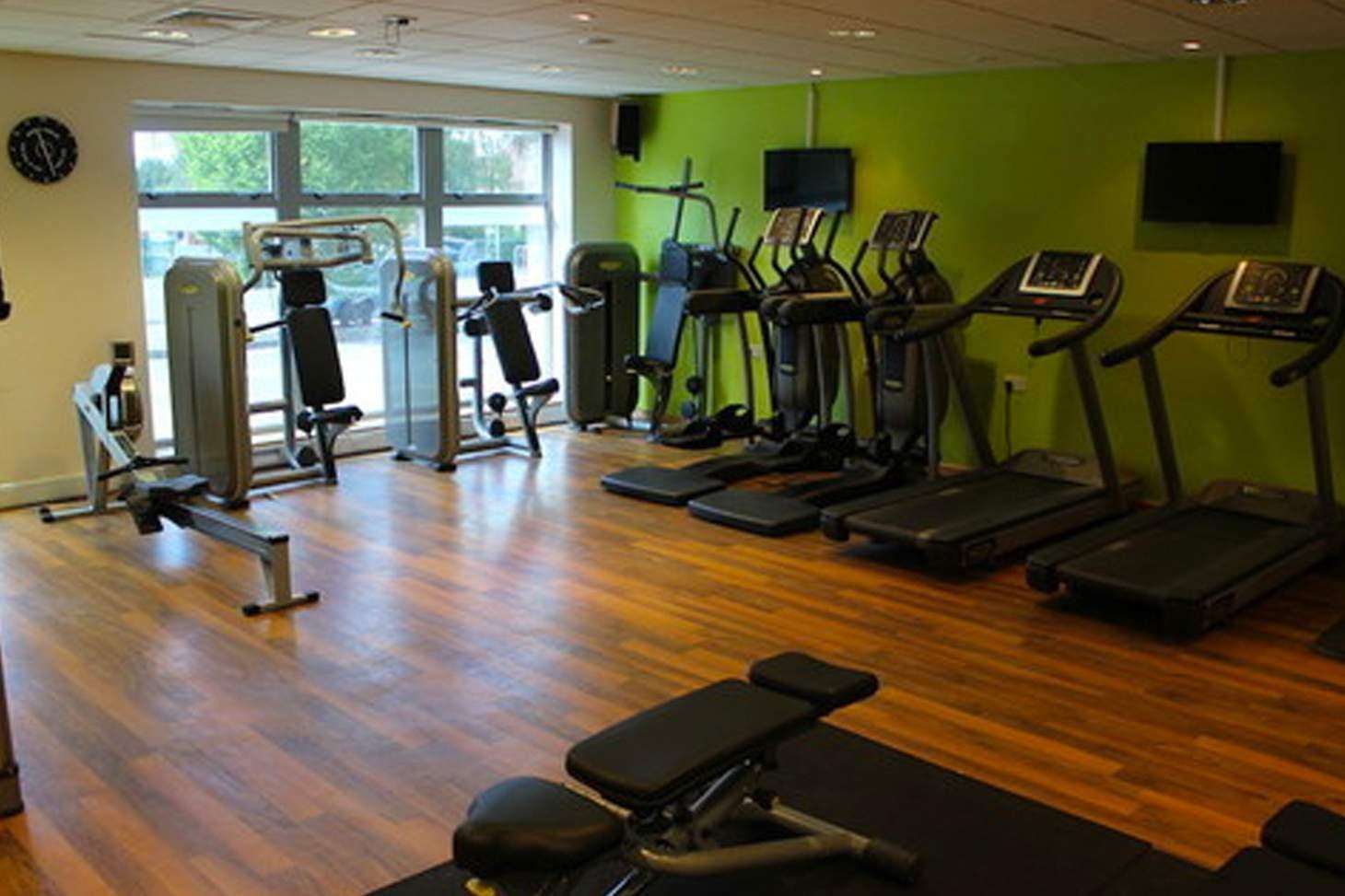 Birchwood High School Gym | Hard gym