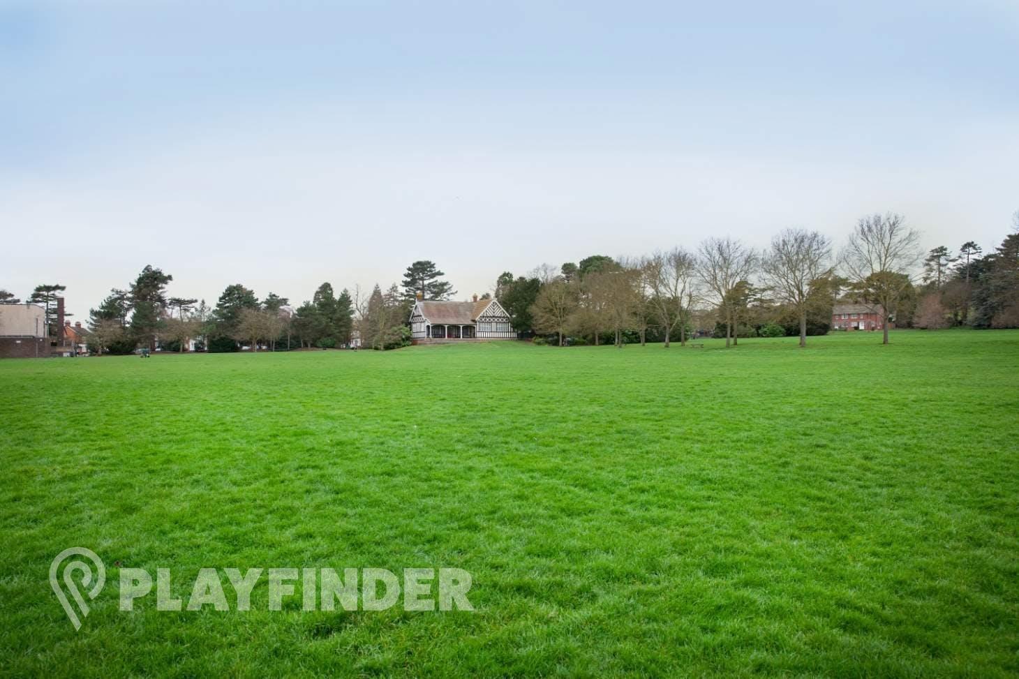 Bedford Park Full size   Grass cricket facilities