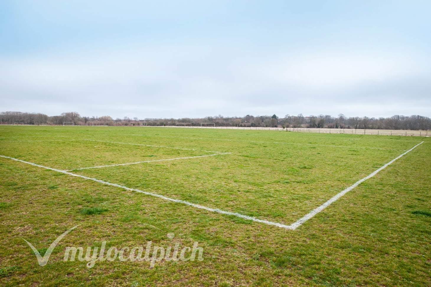 Great Denham 5 a side | Grass football pitch