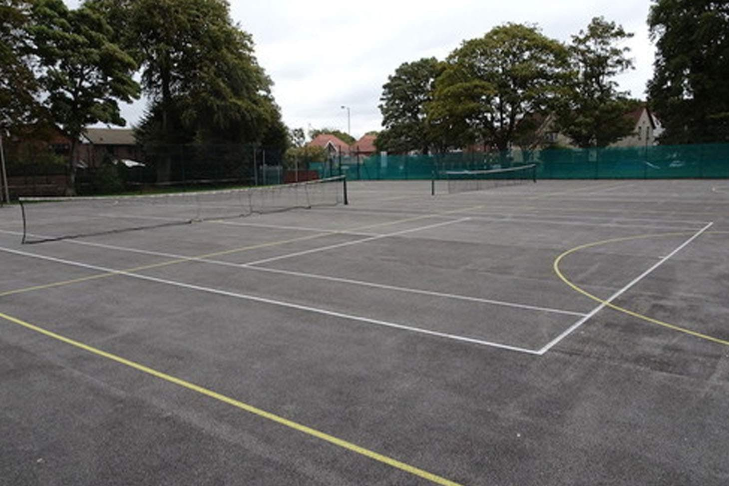 Holly Lodge Girls College Outdoor | Hard (macadam) tennis court