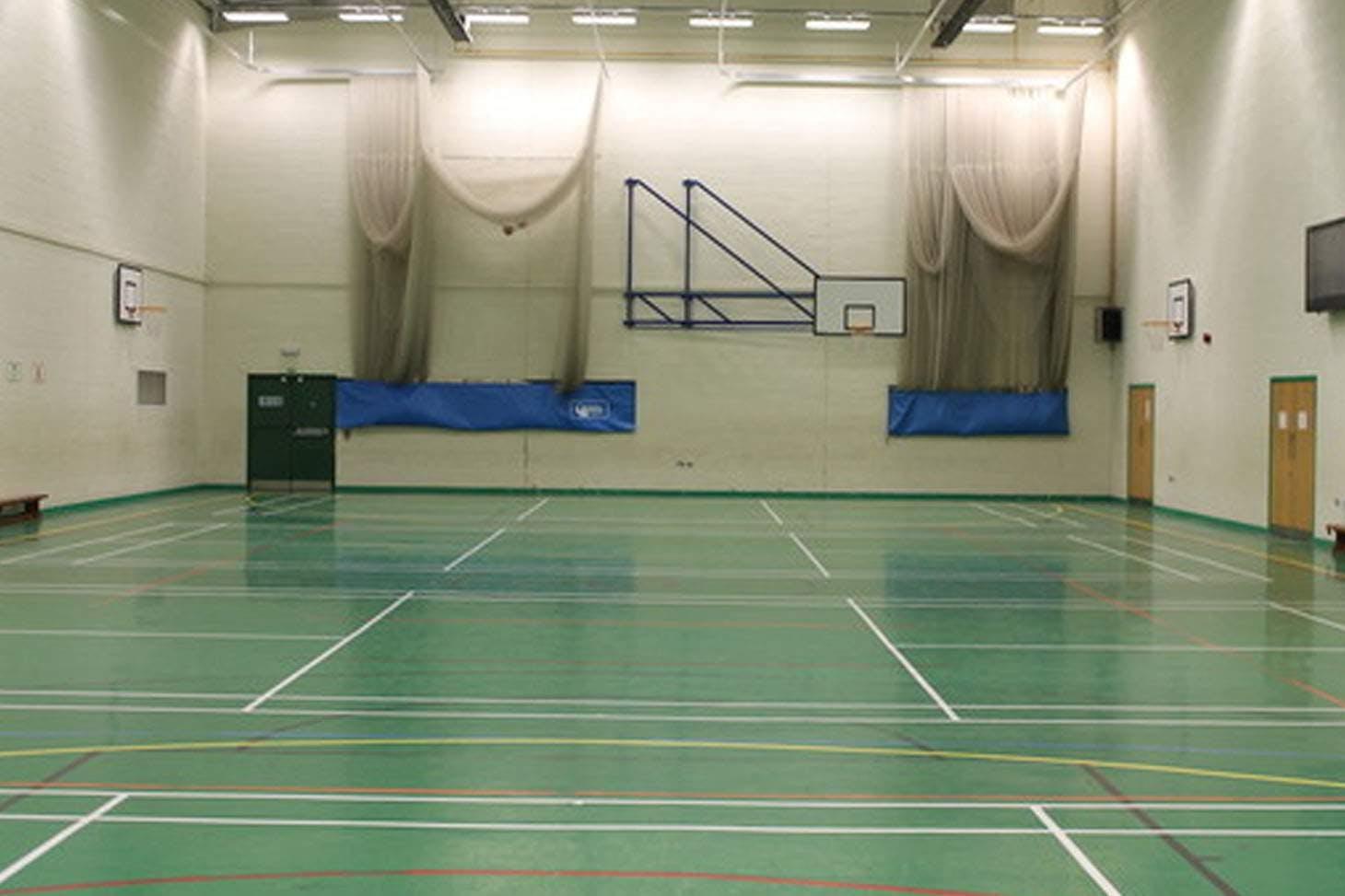 Tudor Grange Academy Solihull Indoor badminton court