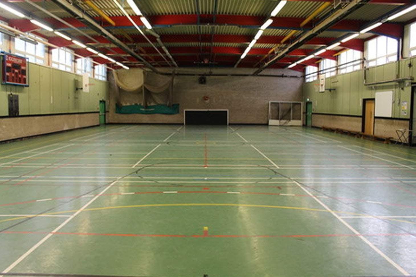 Egglescliffe School Indoor badminton court