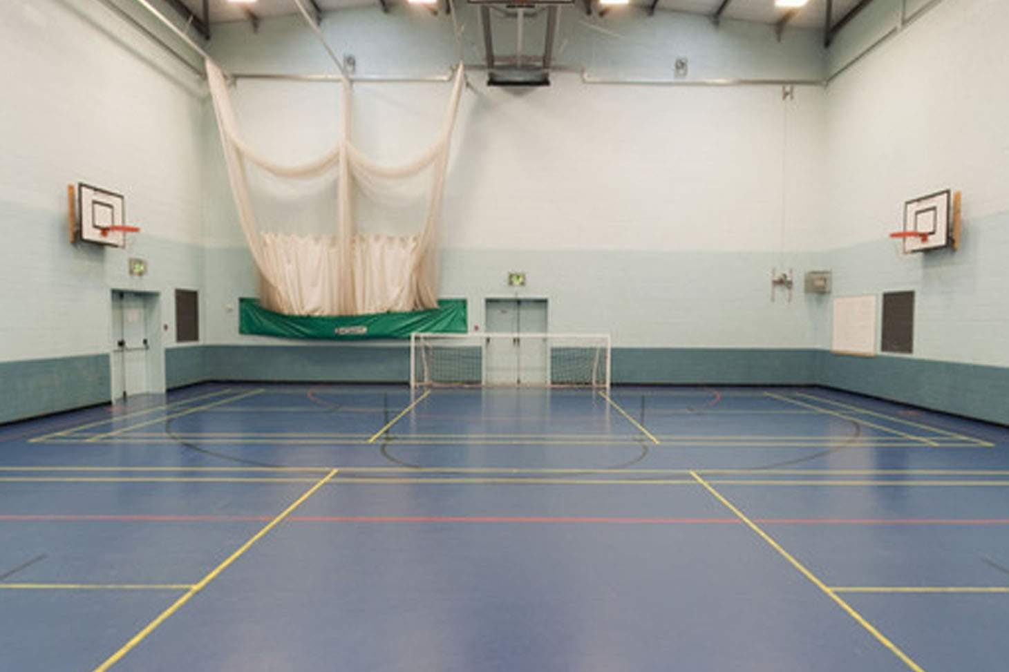 Parklands High School Indoor badminton court