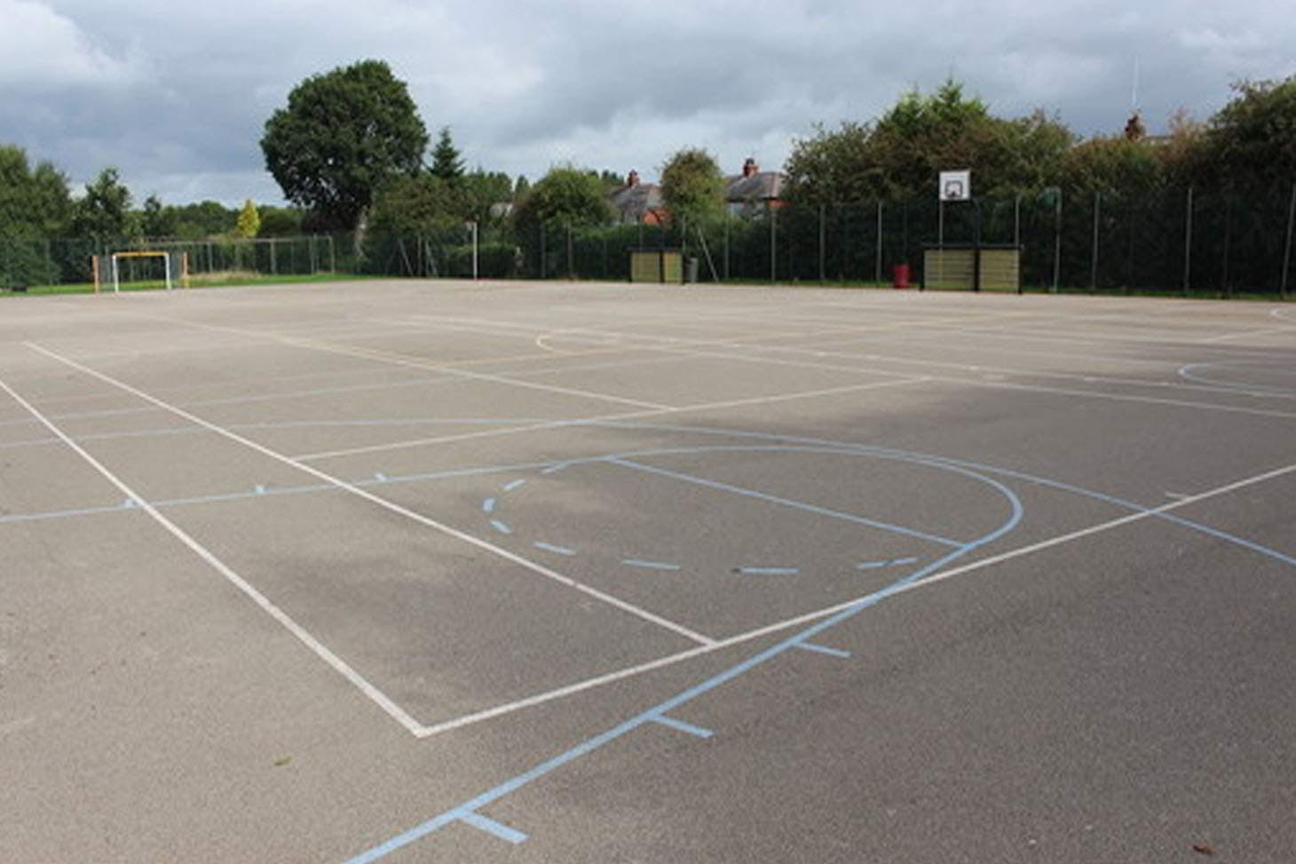 Ashton Community Science College Outdoor | Hard (macadam) tennis court
