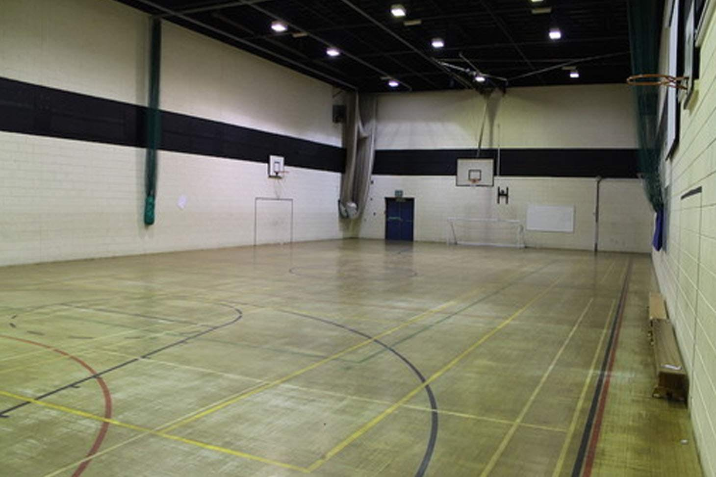 Thornleigh Salesian College Indoor badminton court