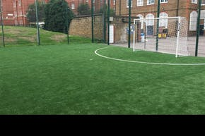 London Bridge Snowsfields | 3G astroturf Football Pitch