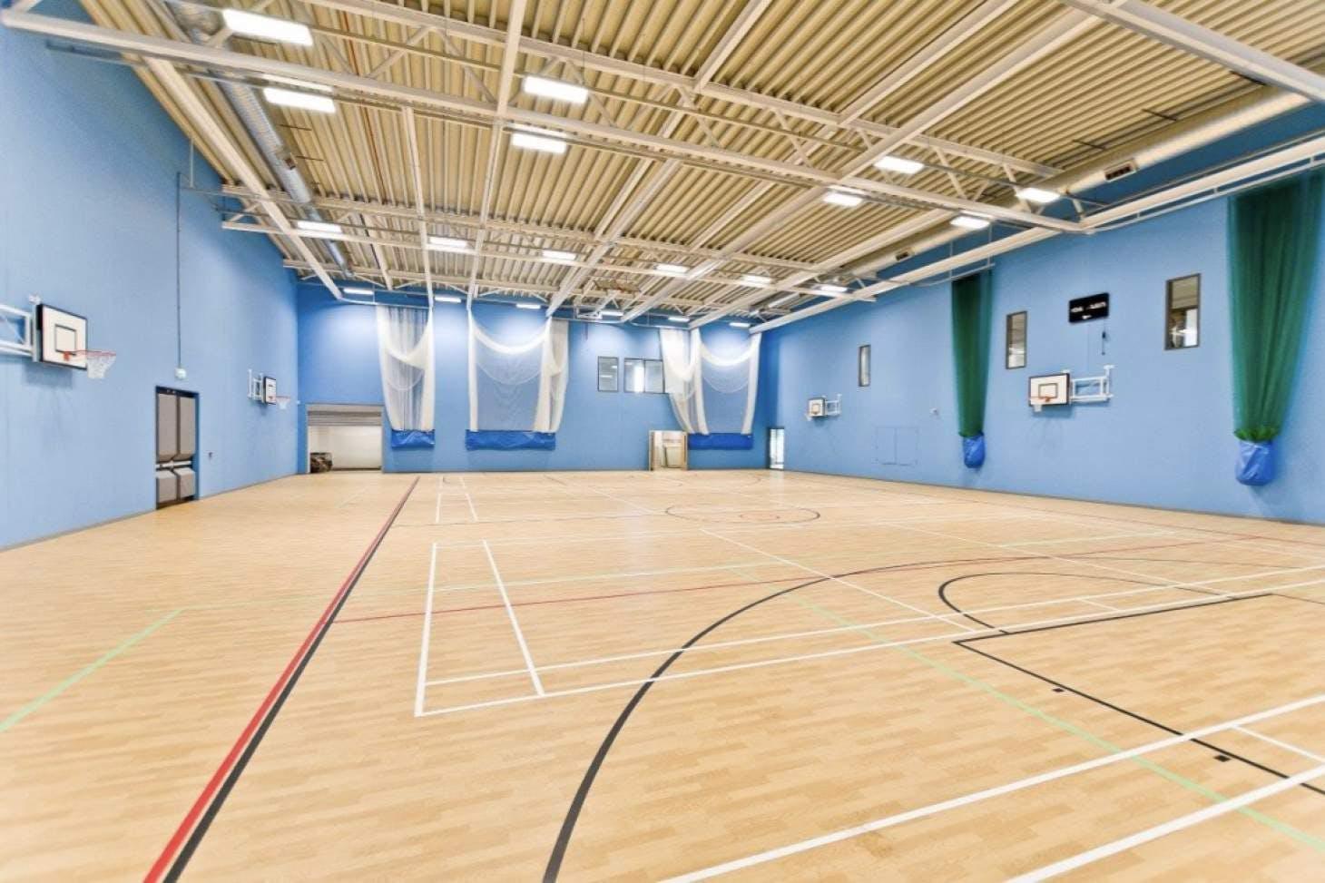 Beaumont School Indoor badminton court