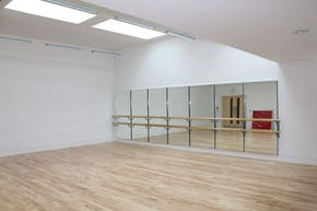 Godolphin and Latymer School | Dance studio Space Hire