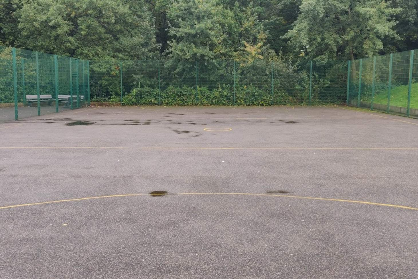 Darrick Wood School Outdoor | Hard (macadam) tennis court