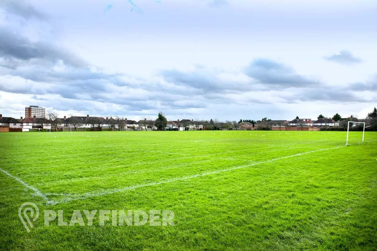 Dormers Wells LC Pitches 11 a side | Grass football pitch
