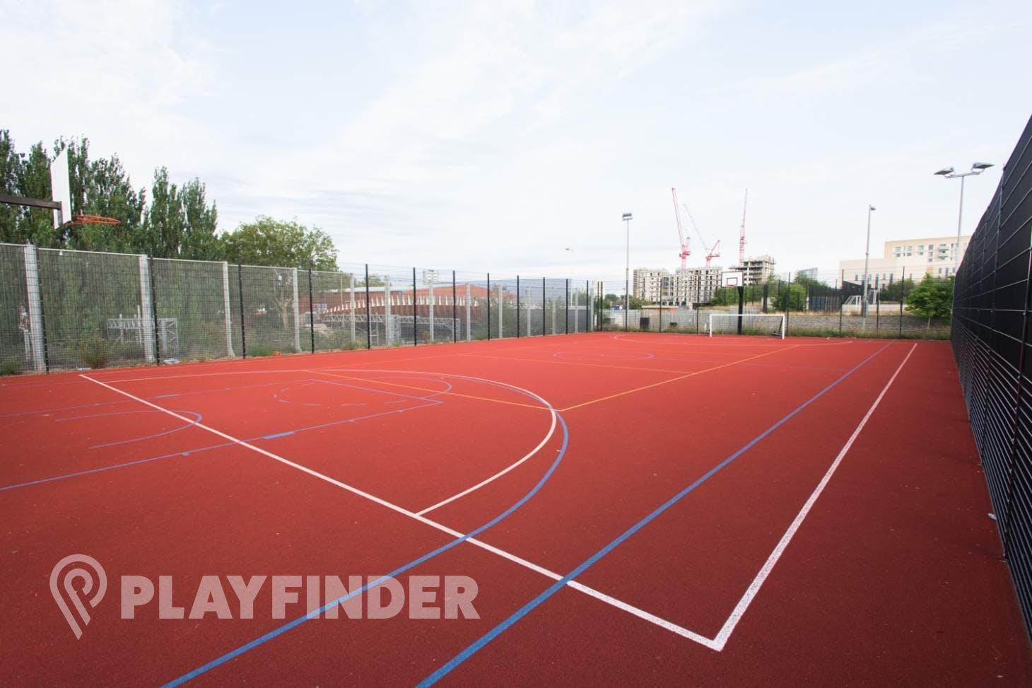 Chobham Academy Outdoor | Hard (macadam) basketball court