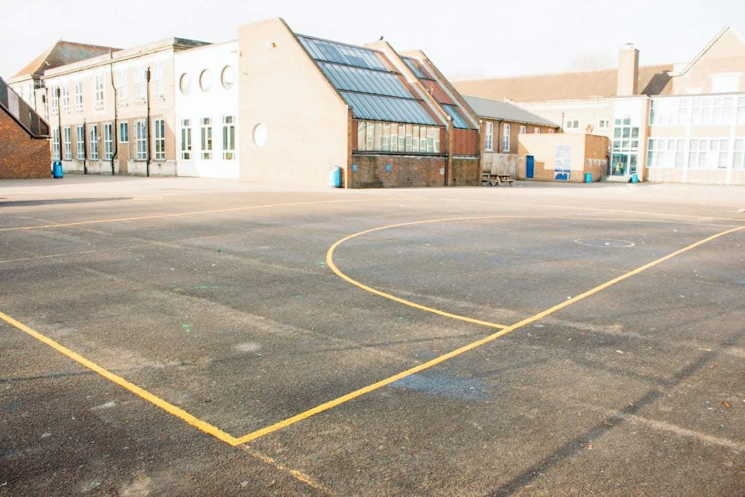 Chiswick School Outdoor | Hard (macadam) netball court