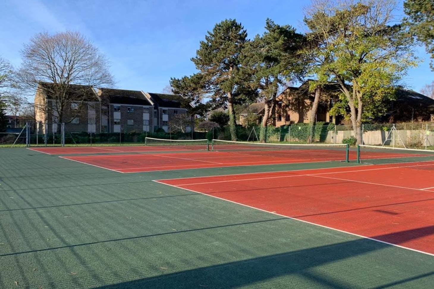 Alexandra Park Outdoor | Hard (macadam) tennis court