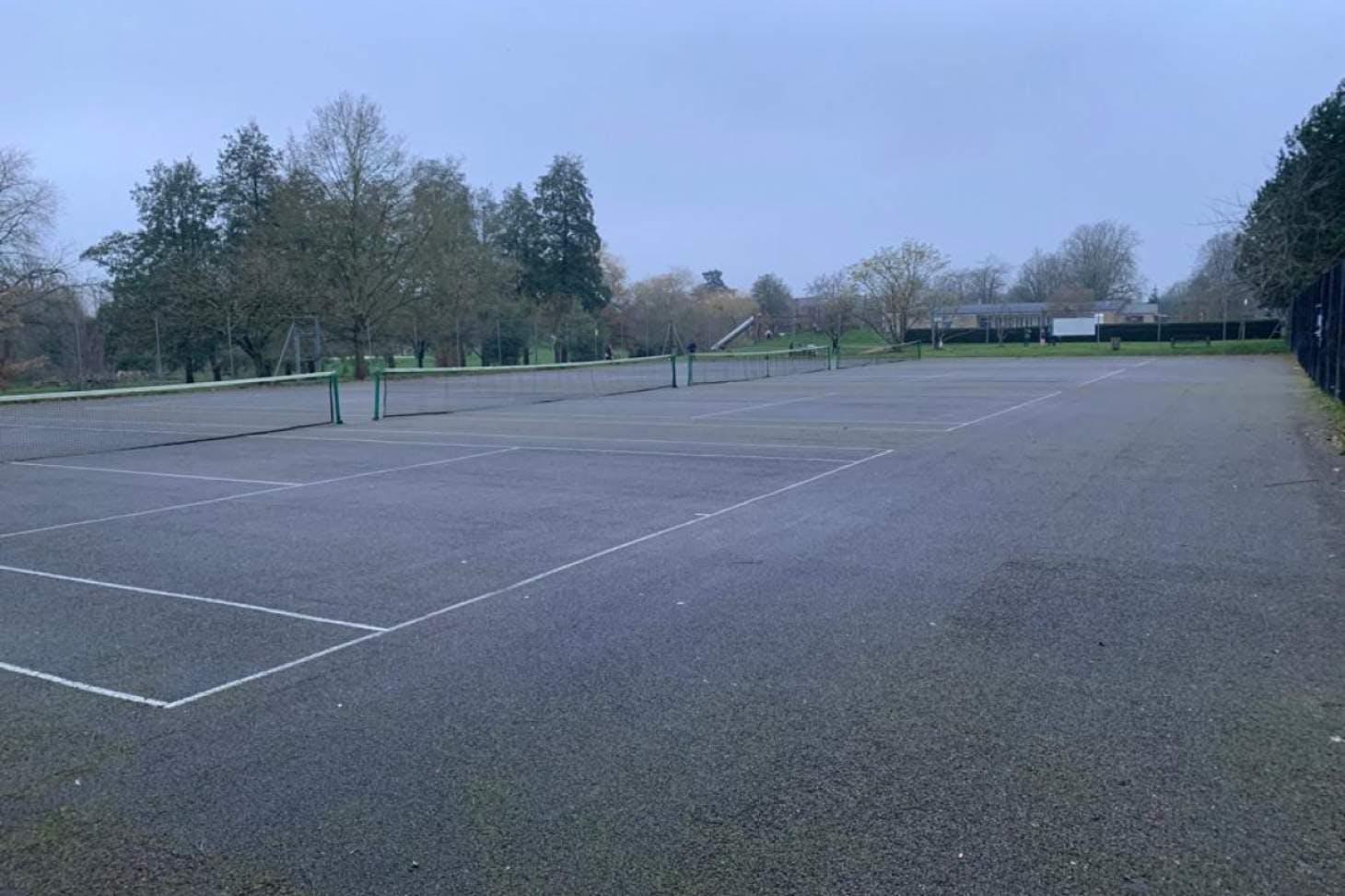 Cutteslowe Park Outdoor | Hard (macadam) tennis court