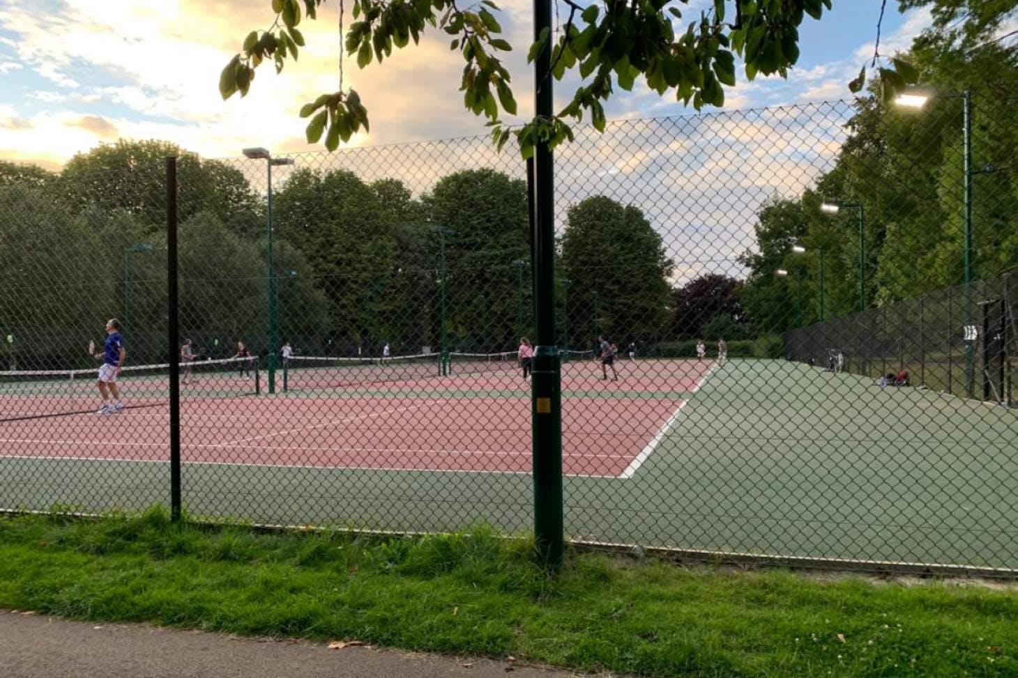 Florence Park Outdoor | Hard (macadam) tennis court