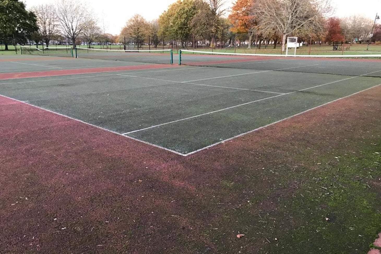 The Racecourse Outdoor | Hard (macadam) tennis court