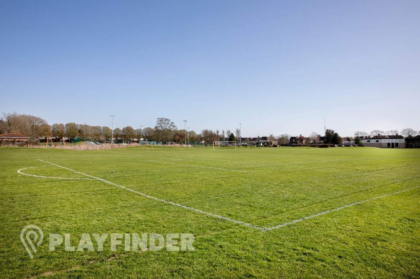 London Tigers Sports Complex 9 a side | Grass football pitch
