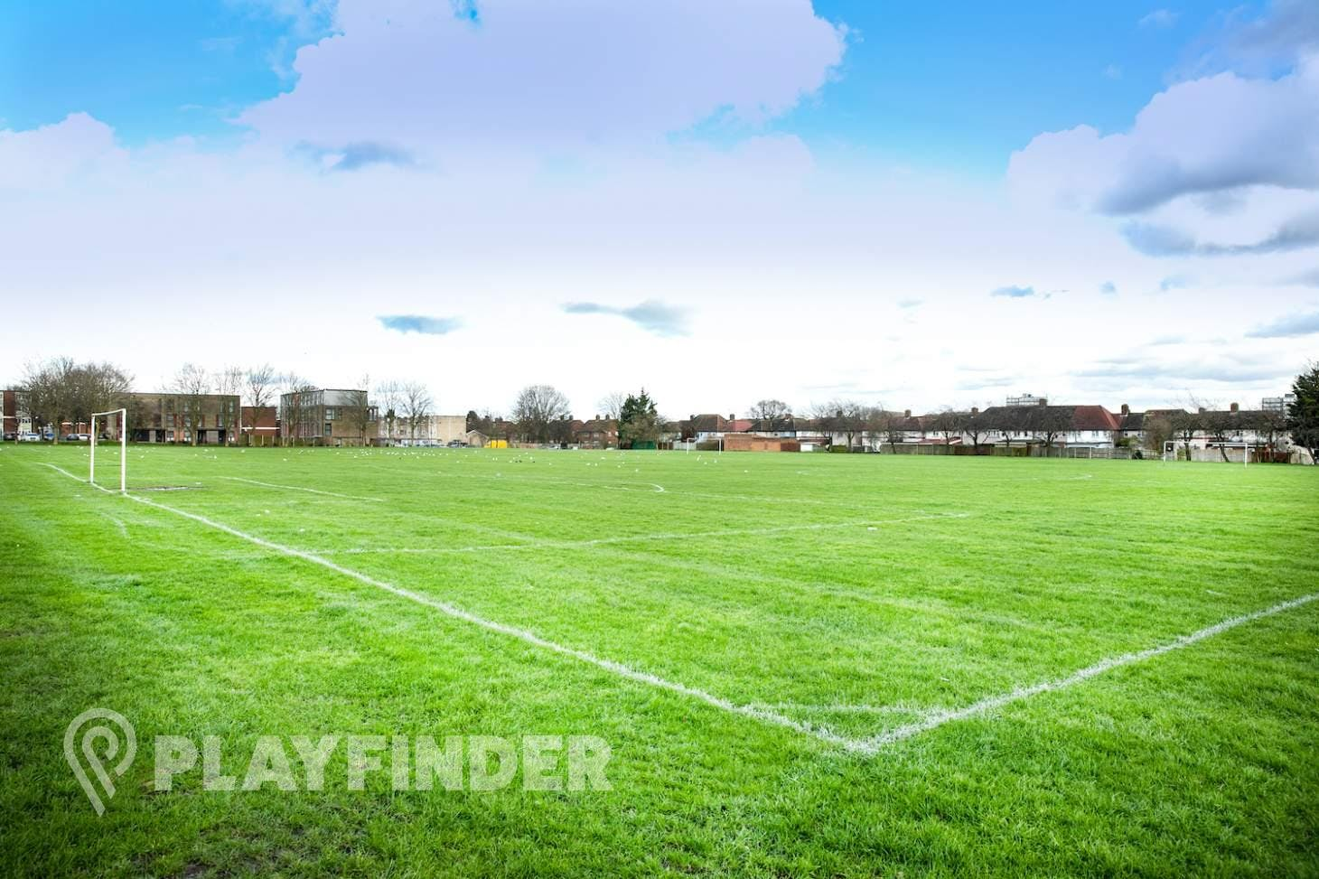Dormers Wells LC Pitches 11 a side   Grass football pitch