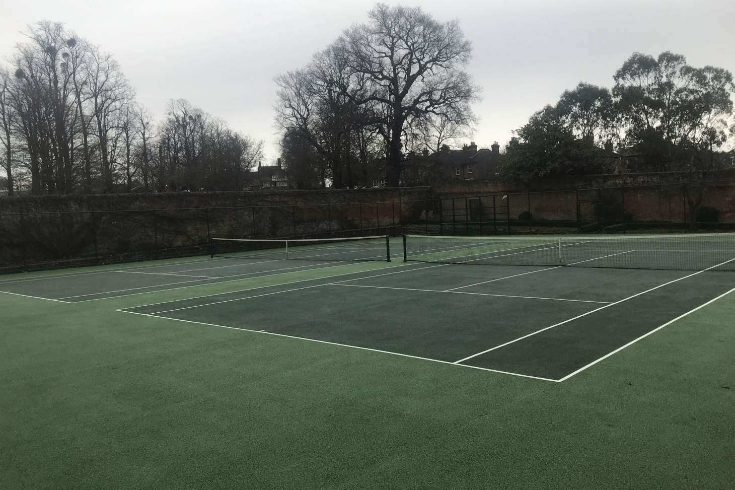 Stoke Park Outdoor | Hard (macadam) tennis court