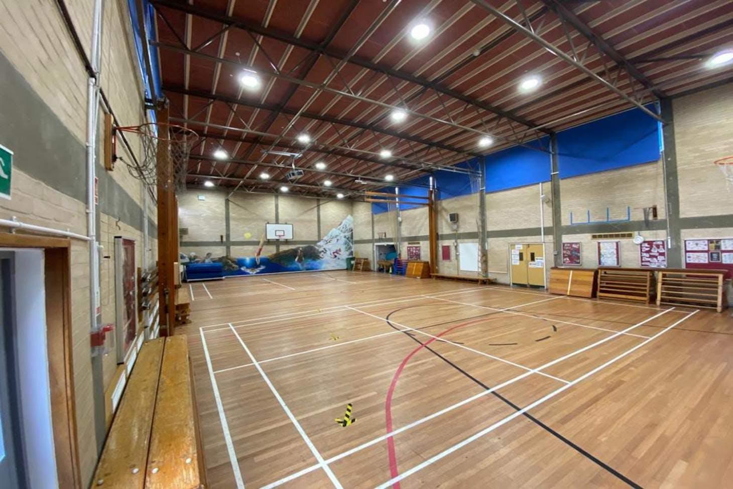La Sainte Union School Court | Sports hall badminton court