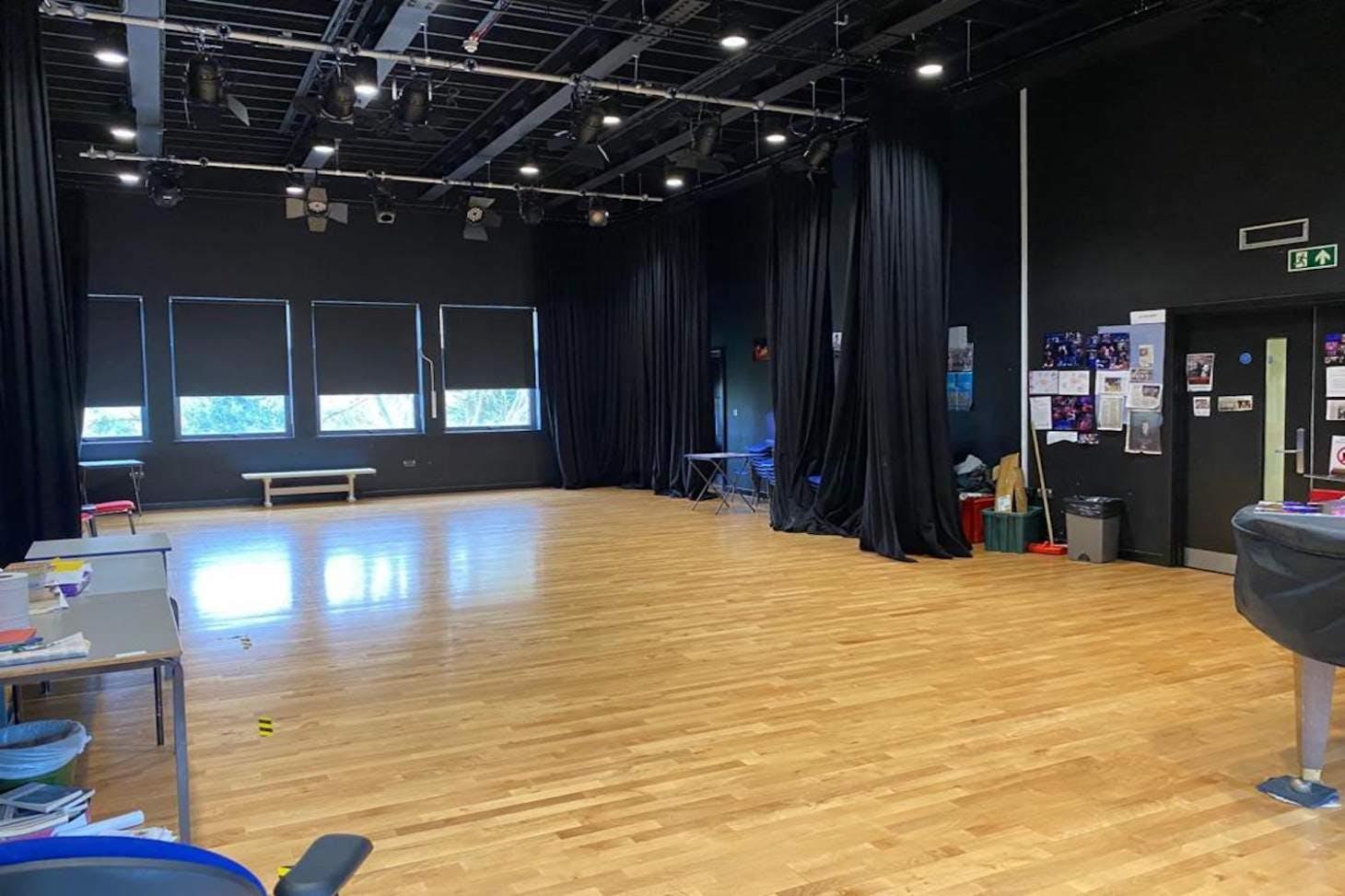 La Sainte Union School Drama studio space hire